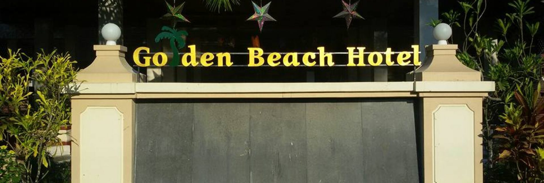Golden beach hotel chaung thar beach design hub for Golden beach design